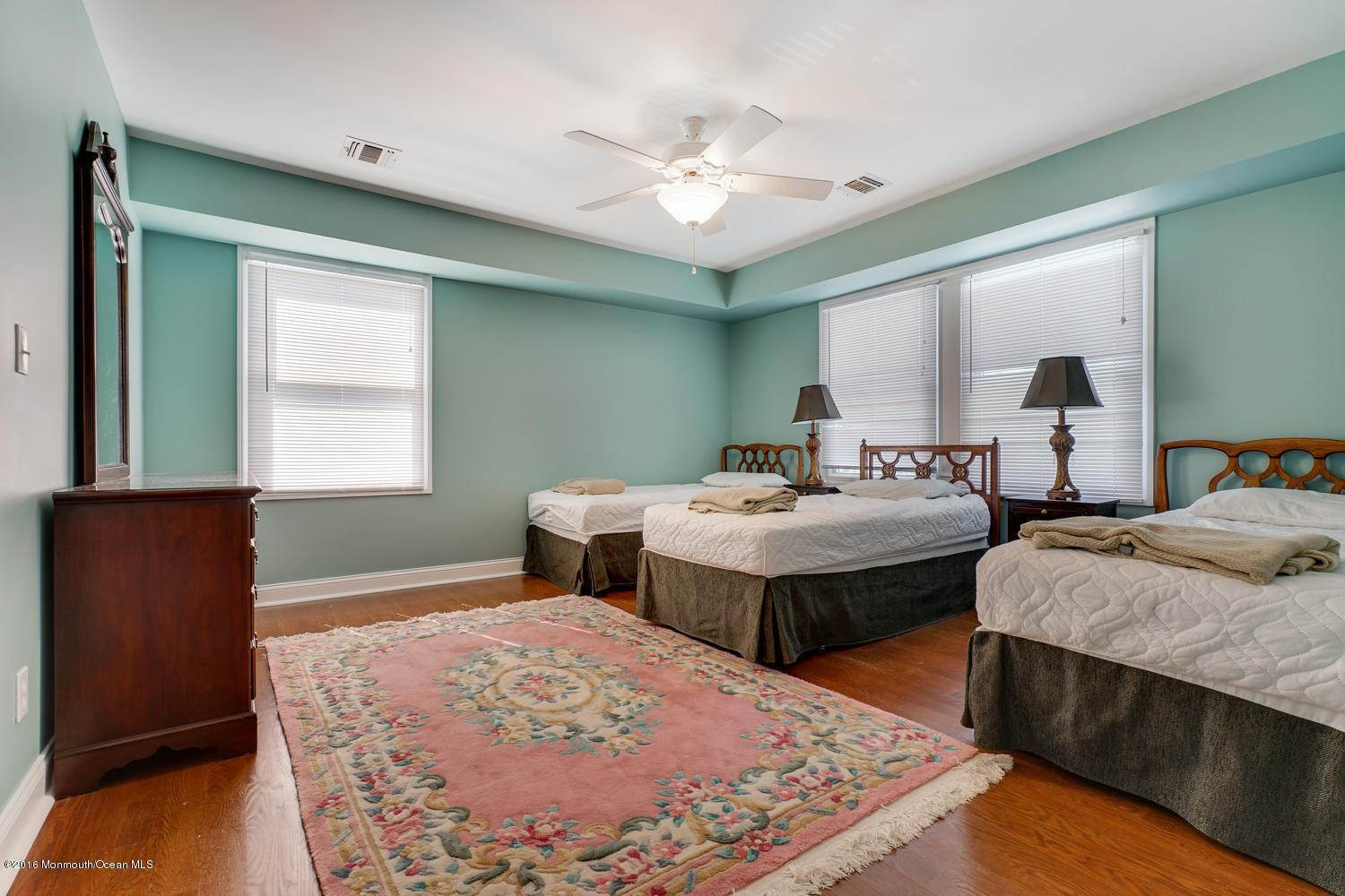 20. Single Family Homes for Sale at 28 1st Avenue Seaside Park, New Jersey 08752 United States