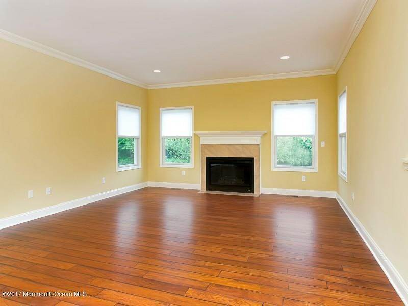 5. Rentals at 29 Hillcrest Road Holmdel, New Jersey 07733 United States