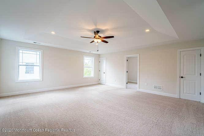 6. Single Family Homes for Sale at 1840 Breakers Drive Manahawkin, New Jersey 08050 United States