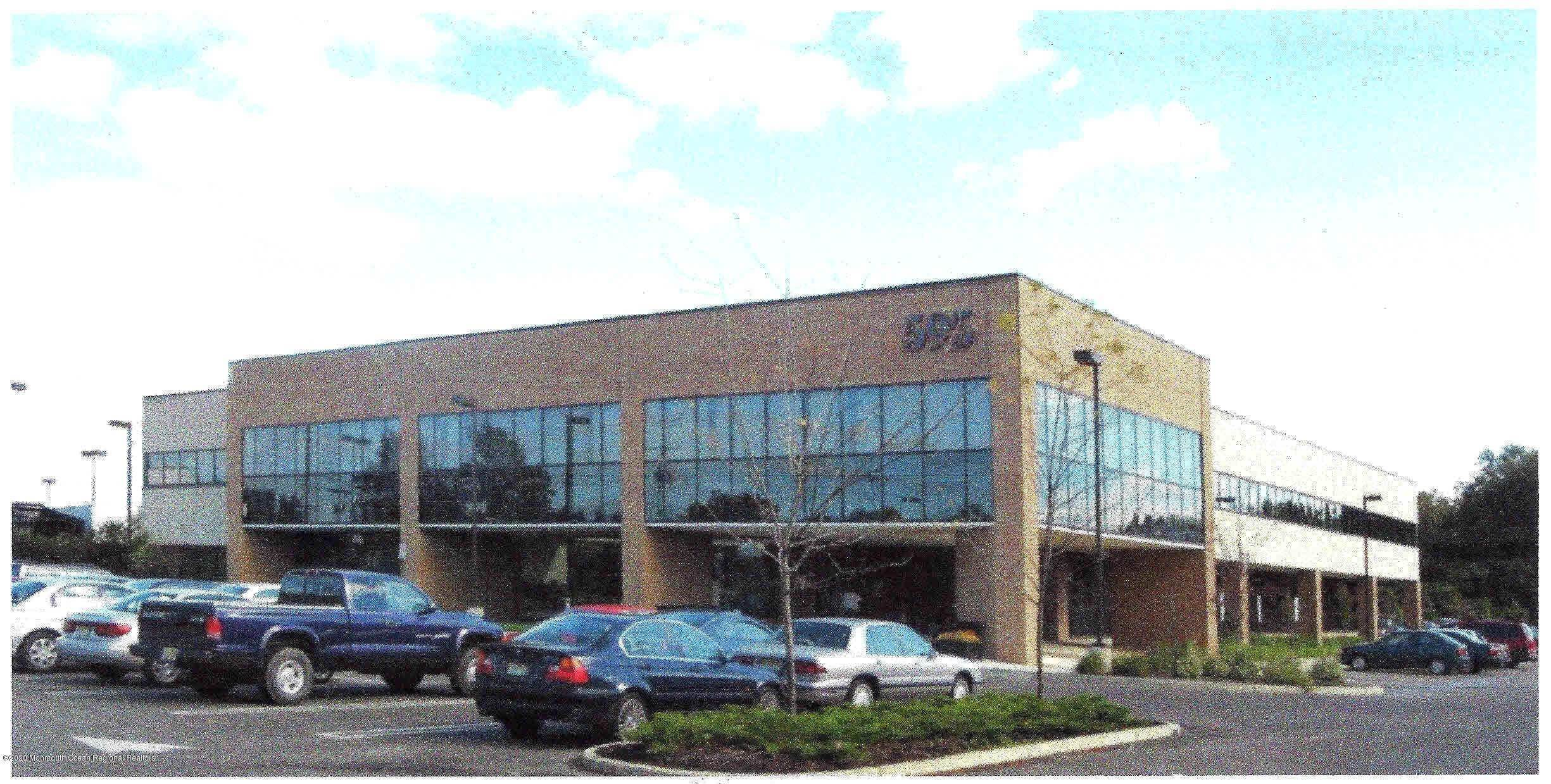 2. Commercial for Sale at 595 Shrewsbury Avenue Shrewsbury, New Jersey 07702 United States