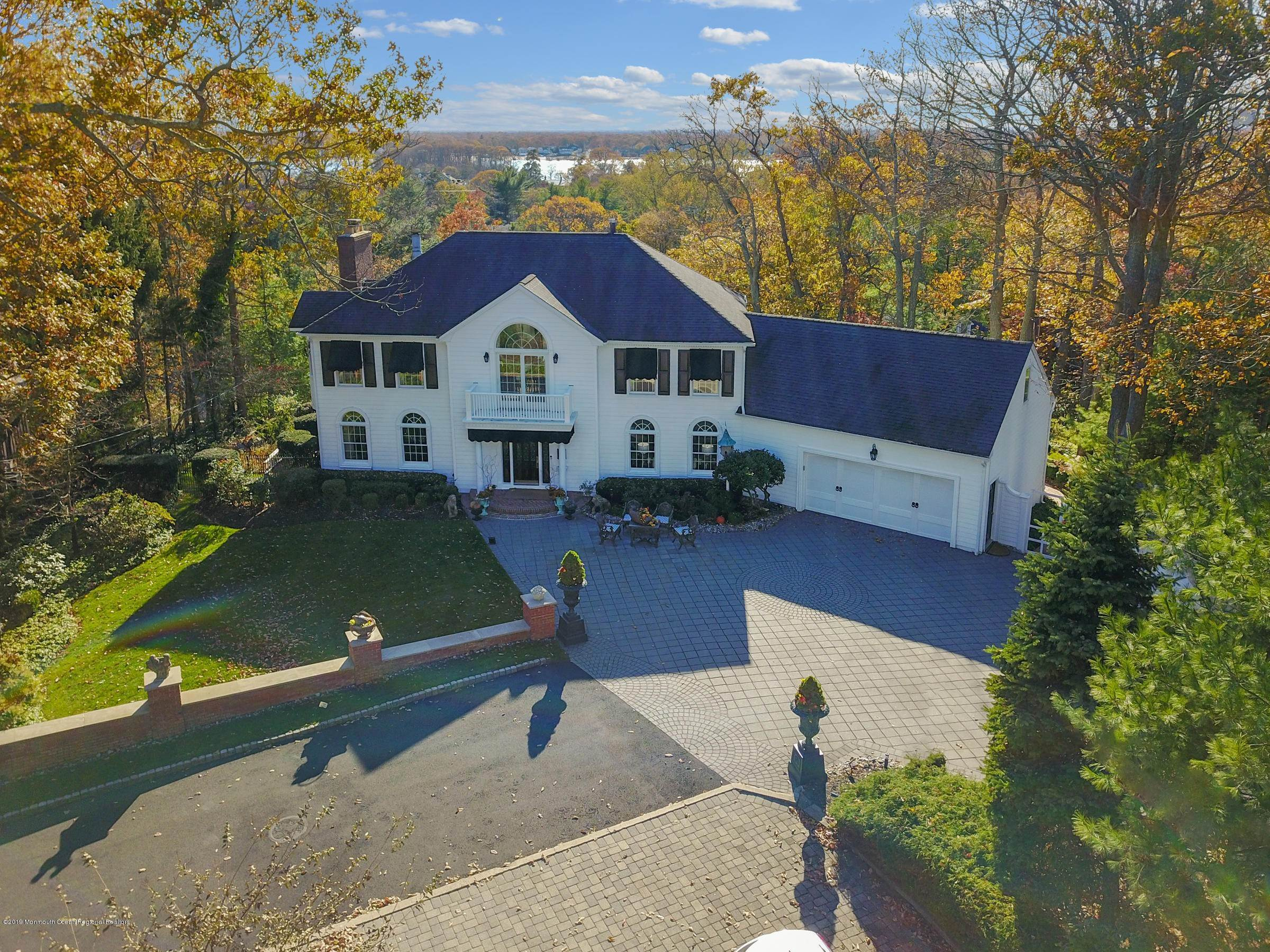 Single Family Homes para Venda às 917 Hilltop Place Brielle, Nova Jersey 08730 Estados Unidos