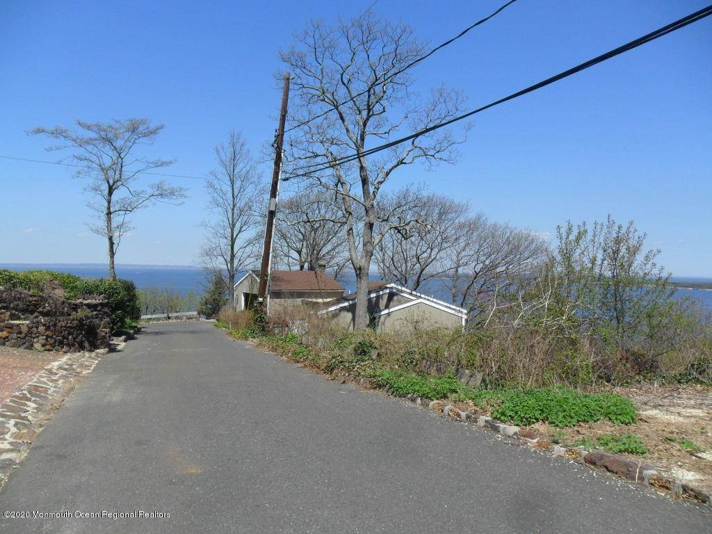 3. Single Family Homes for Sale at 1 Hillside Road Atlantic Highlands, New Jersey 07716 United States