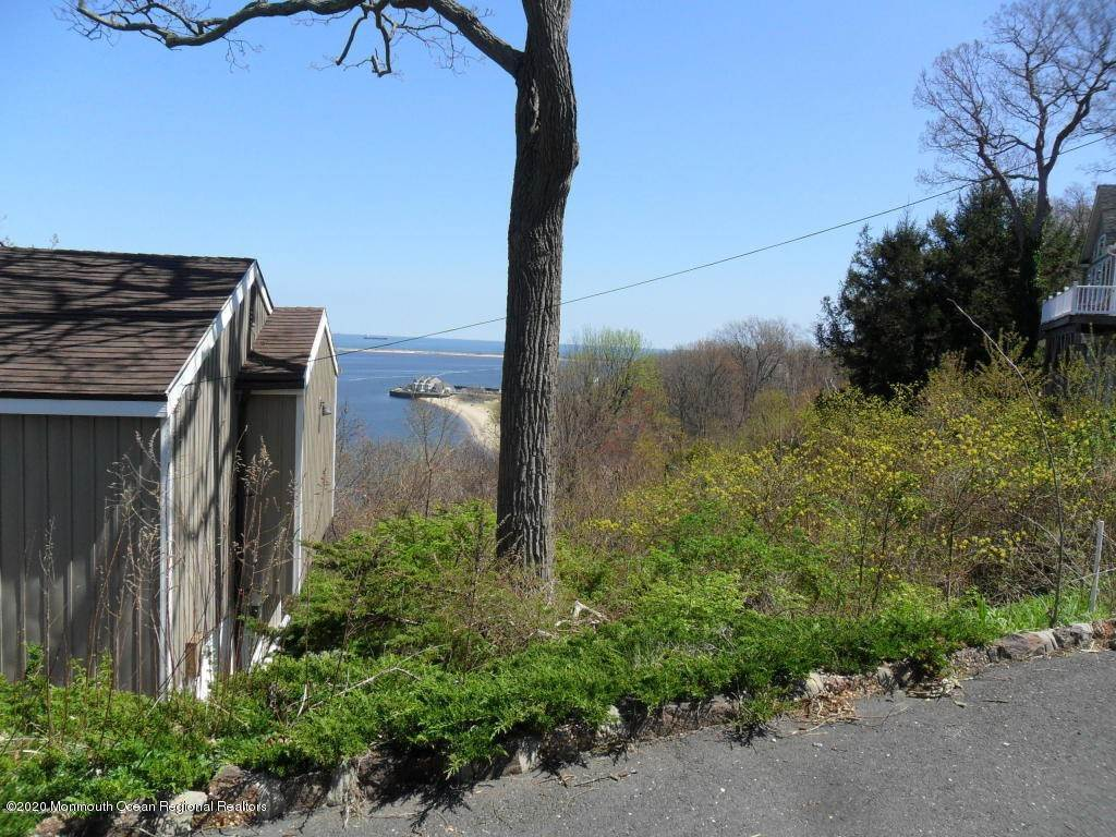 11. Single Family Homes for Sale at 1 Hillside Road Atlantic Highlands, New Jersey 07716 United States