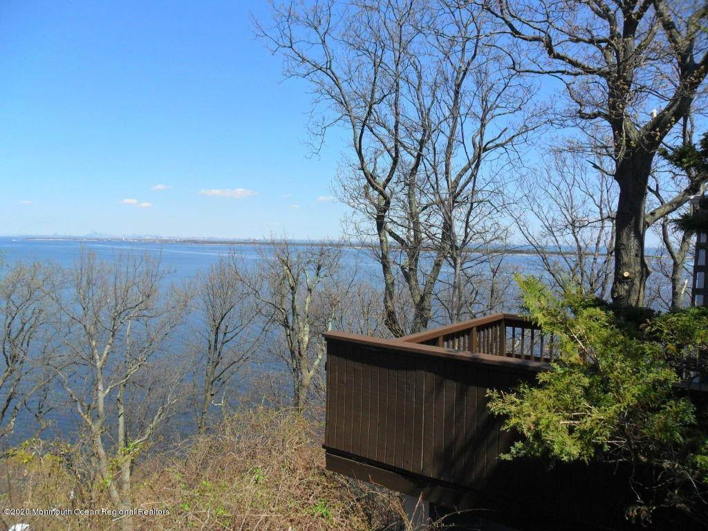 13. Single Family Homes for Sale at 1 Hillside Road Atlantic Highlands, New Jersey 07716 United States