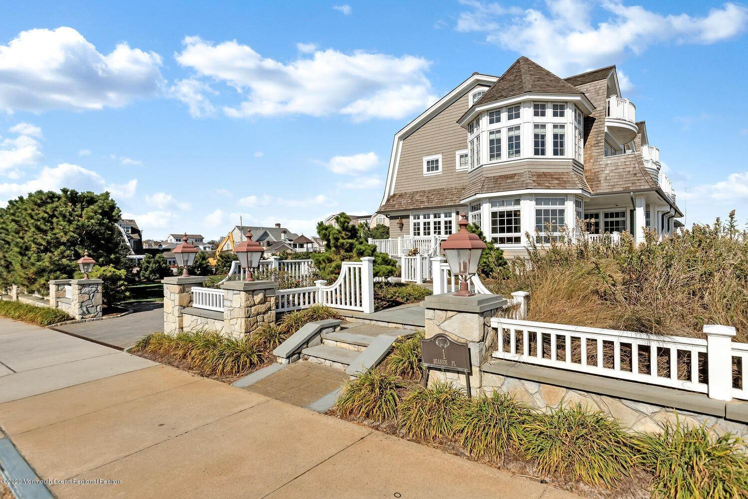12. Single Family Homes for Sale at 903 Ocean Avenue Sea Girt, New Jersey 08750 United States