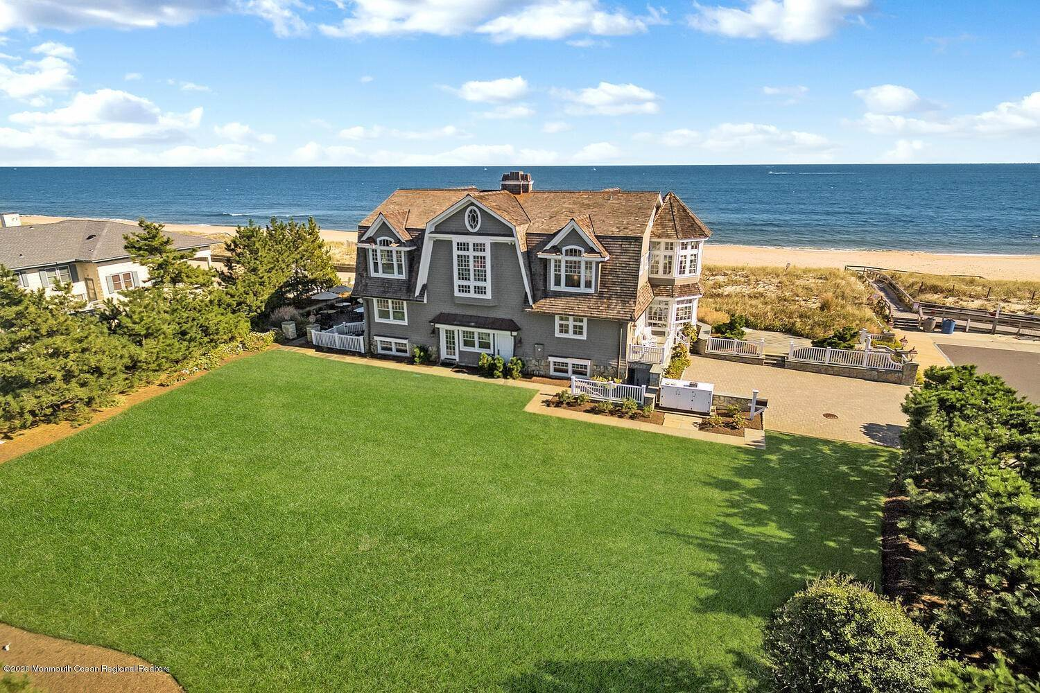 8. Single Family Homes for Sale at 903 Ocean Avenue Sea Girt, New Jersey 08750 United States