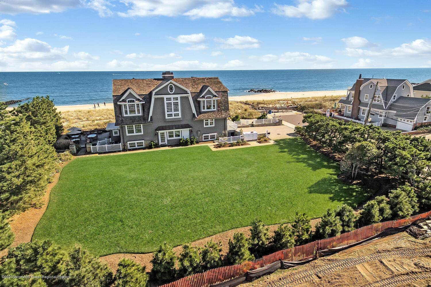 3. Single Family Homes for Sale at 903 Ocean Avenue Sea Girt, New Jersey 08750 United States