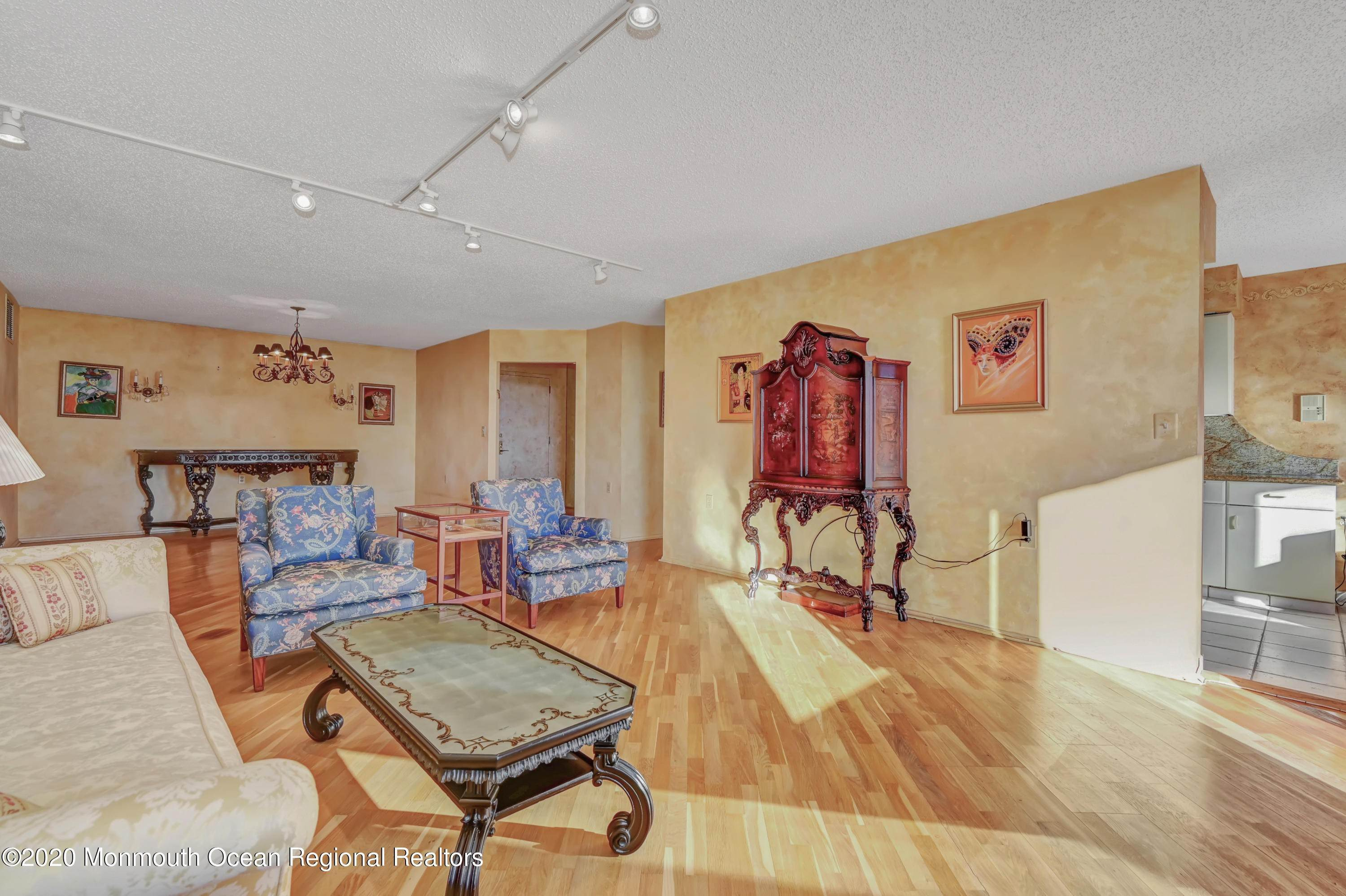 15. Condominiums for Sale at 717 Ocean Avenue Long Branch, New Jersey 07740 United States