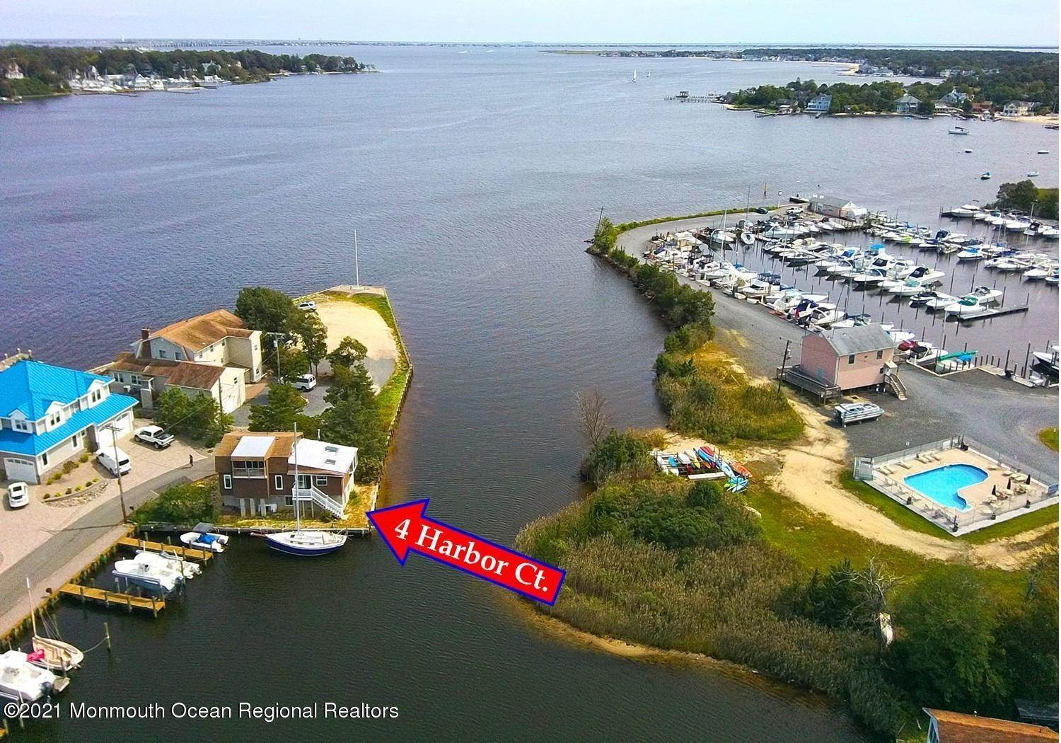 Single Family Homes for Sale at 4 Harbor Court Pine Beach, New Jersey 08741 United States