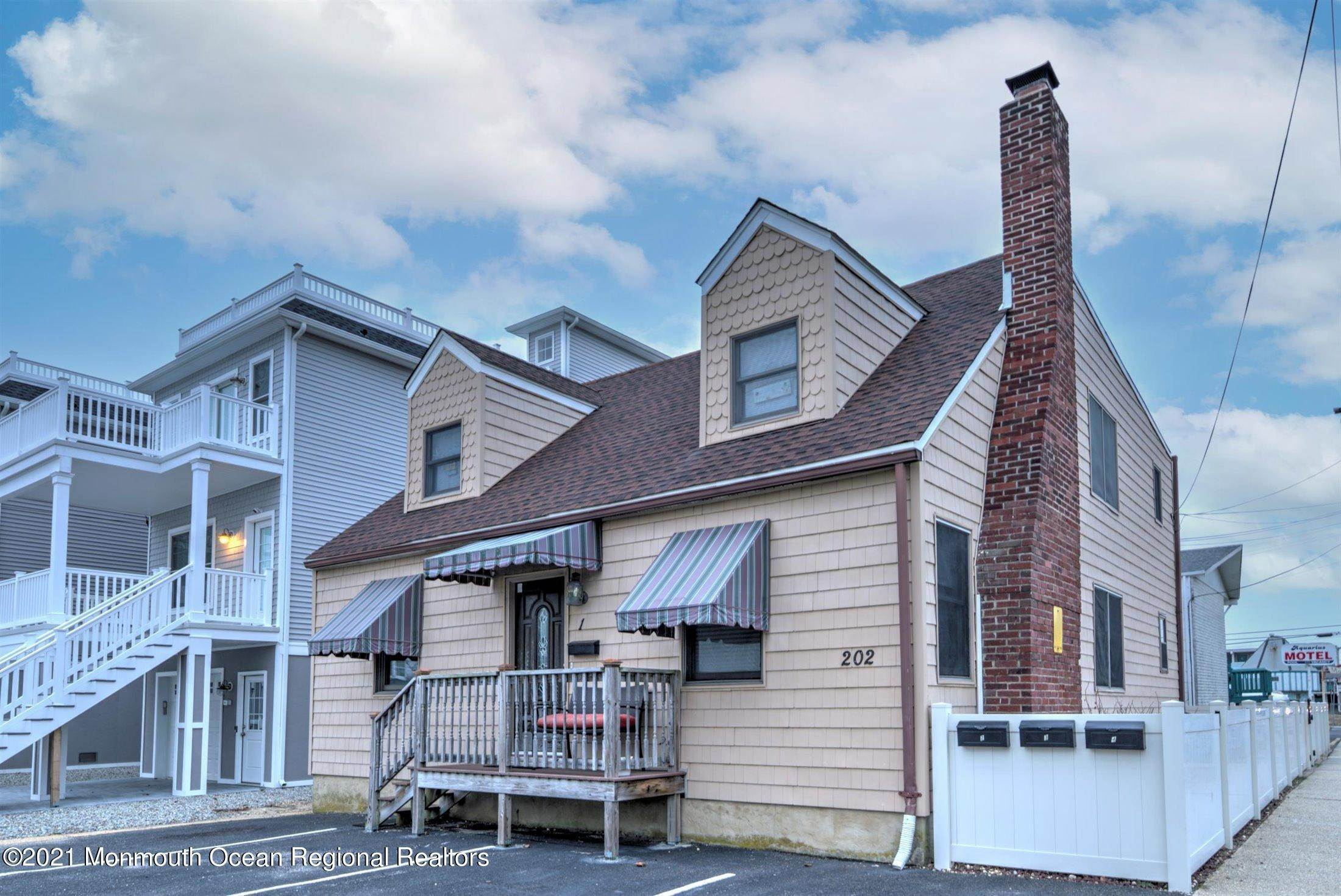 3. Condominiums for Sale at 202 Fremont Avenue Seaside Heights, New Jersey 08751 United States
