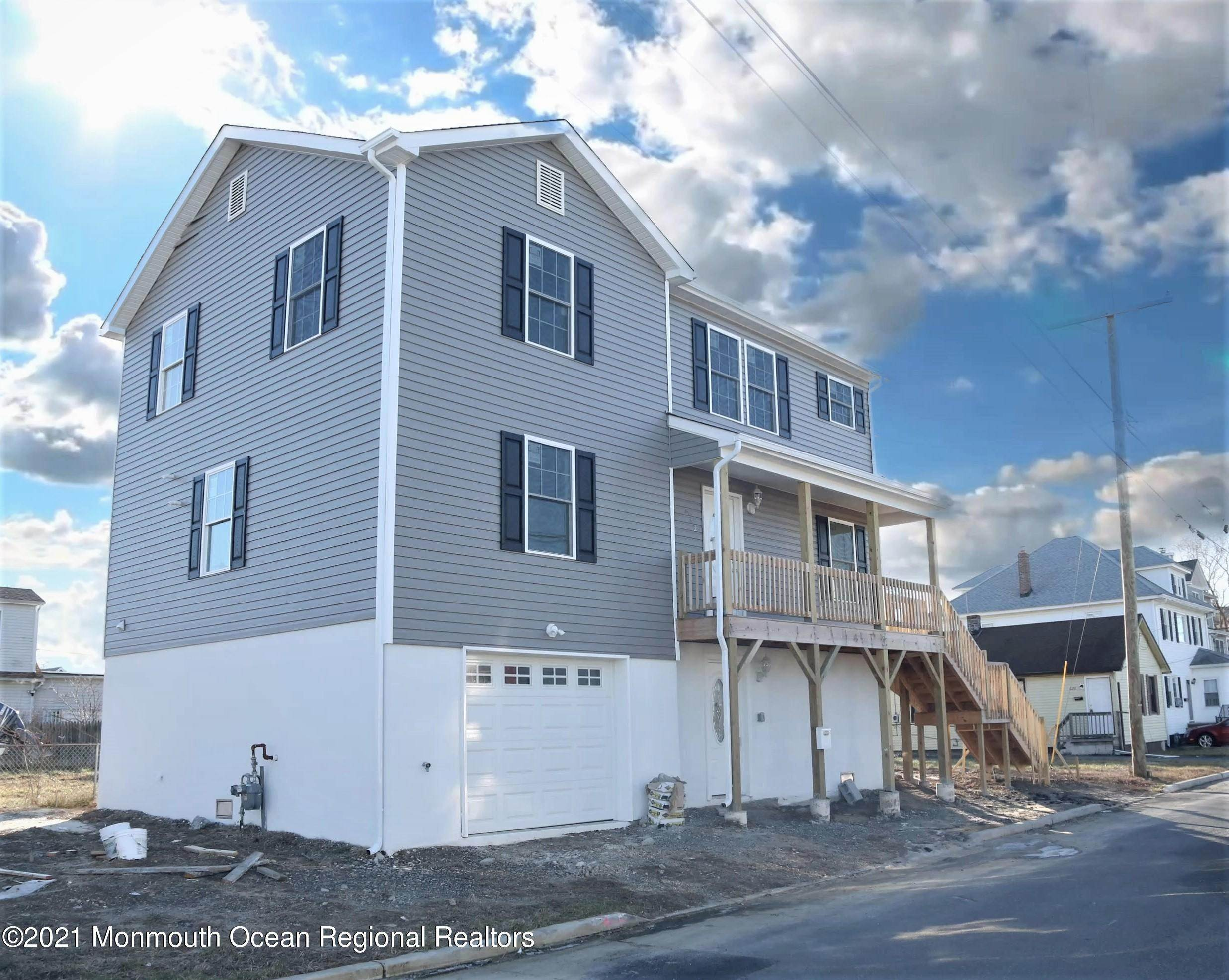 Single Family Homes for Sale at 632 Bayview Avenue Union Beach, New Jersey 07735 United States