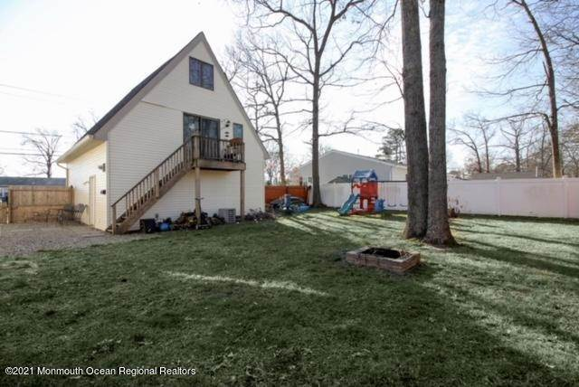 19. Single Family Homes for Sale at 914 Pensacola Road Forked River, New Jersey 08731 United States