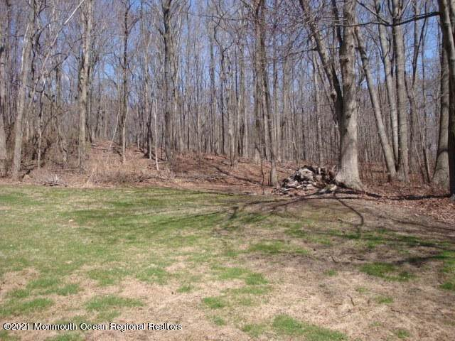 18. Land for Sale at 105 Nolan Road Morganville, New Jersey 07751 United States