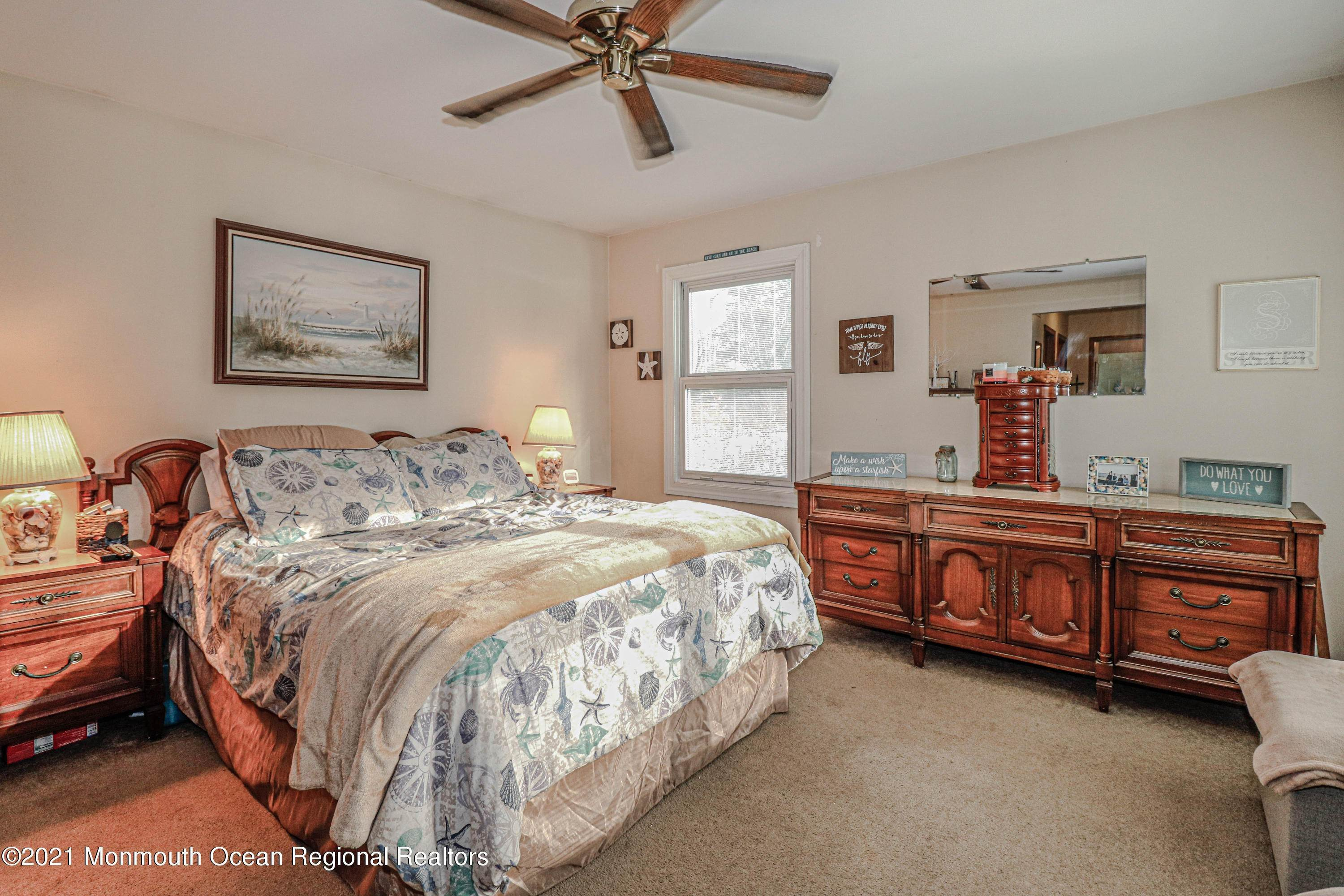 13. Single Family Homes for Sale at 2 Turnberry Circle Toms River, New Jersey 08753 United States