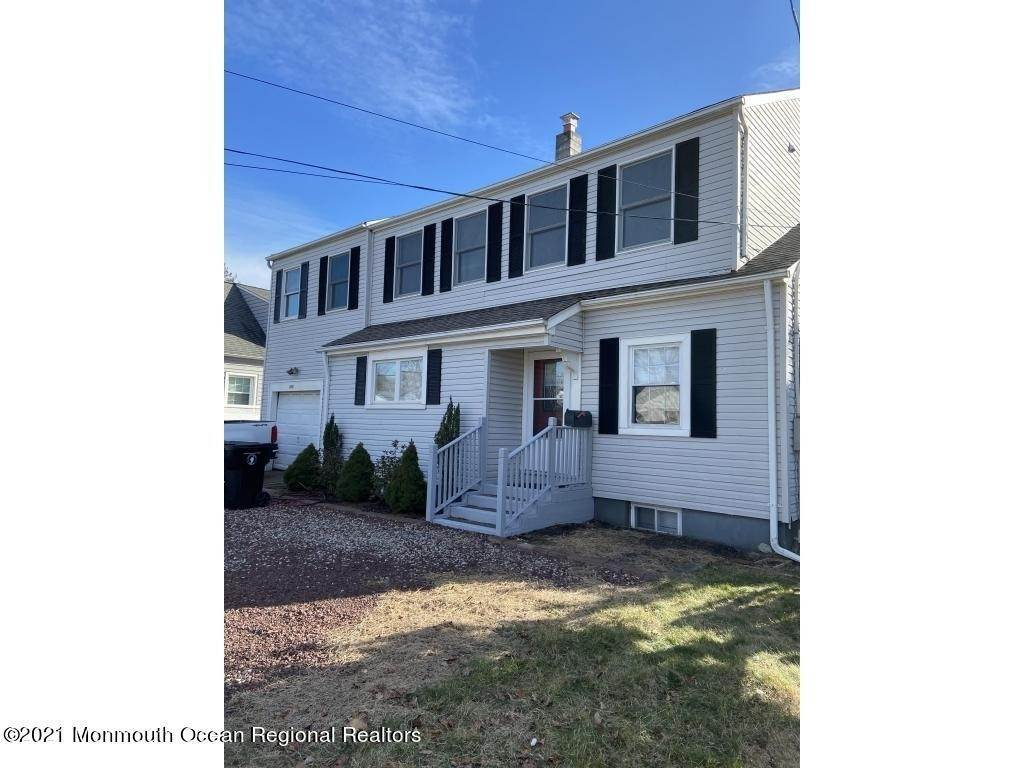 Single Family Homes for Sale at 164 Navesink River Road Red Bank, New Jersey 07701 United States