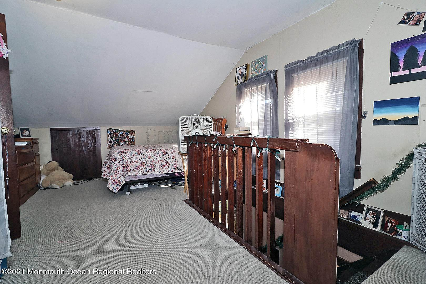 14. Single Family Homes for Sale at 105 Memorial Drive Waretown, New Jersey 08758 United States