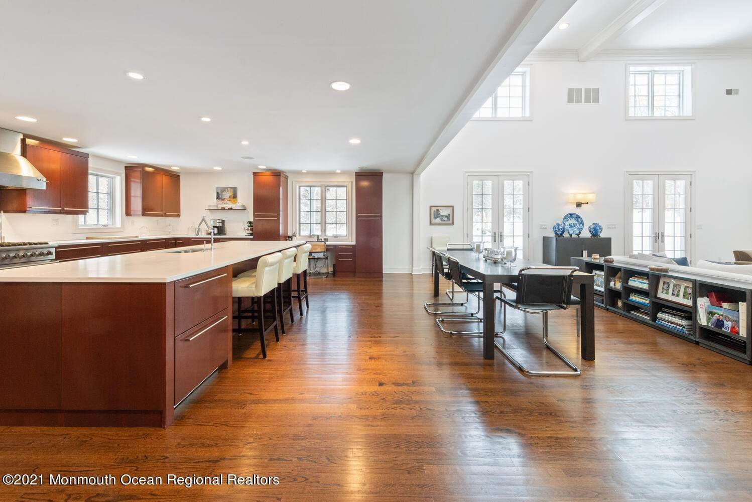 11. Single Family Homes for Sale at 183 Chapel Hill Road Red Bank, New Jersey 07701 United States