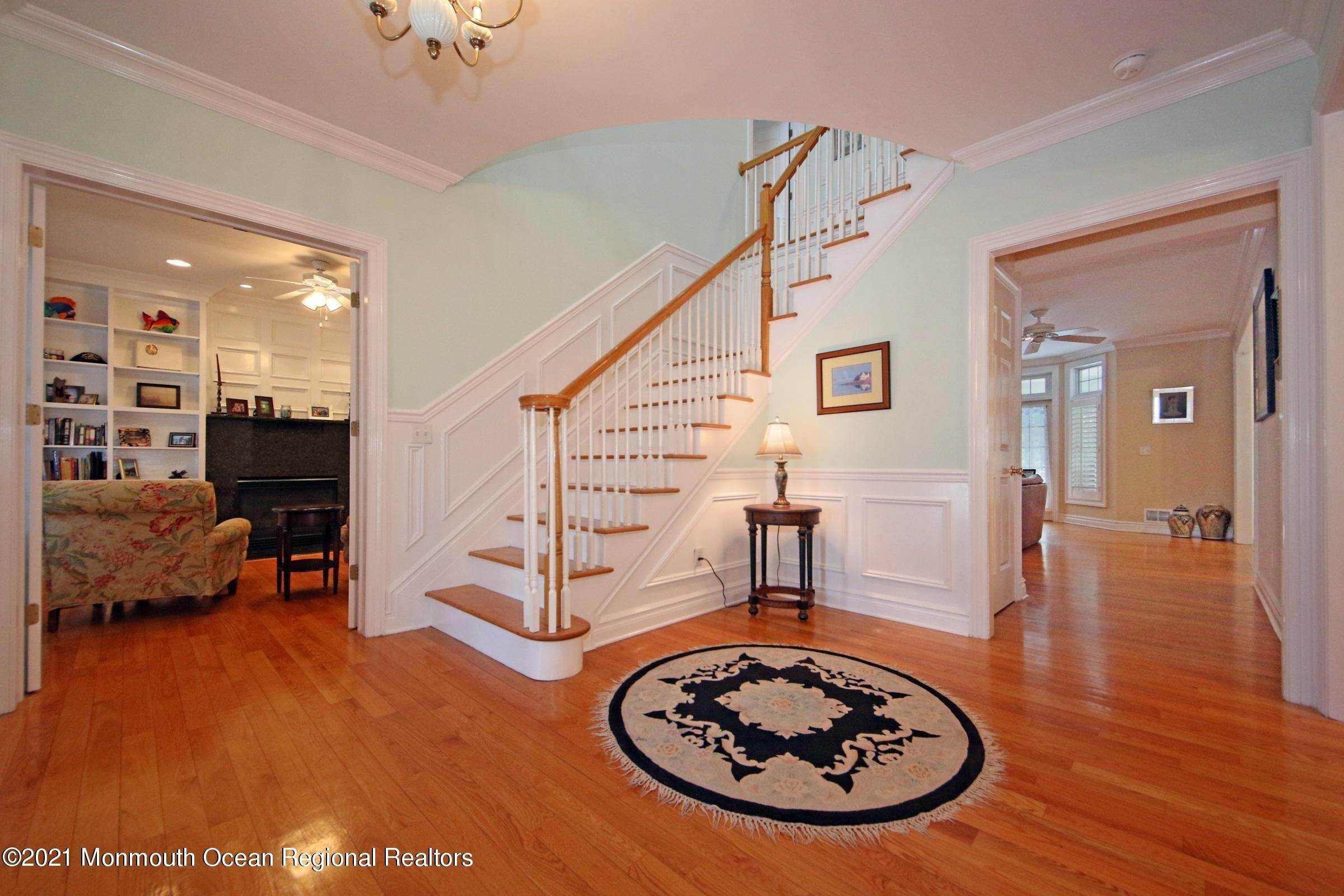 12. Single Family Homes for Sale at 11 Manson Place Little Silver, New Jersey 07739 United States