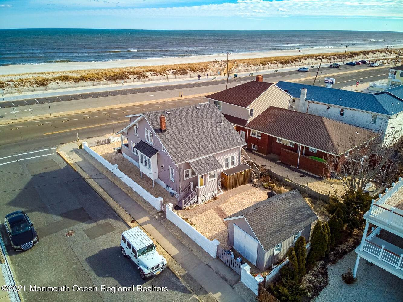 4. Single Family Homes for Sale at 1215 Ocean Avenue Seaside Park, New Jersey 08752 United States