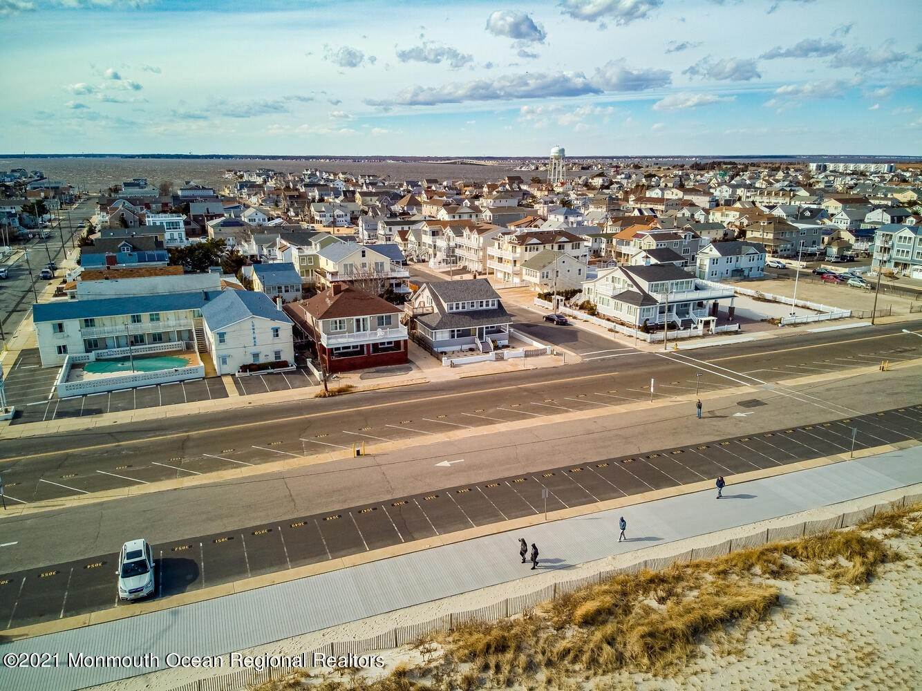 5. Single Family Homes for Sale at 1215 Ocean Avenue Seaside Park, New Jersey 08752 United States