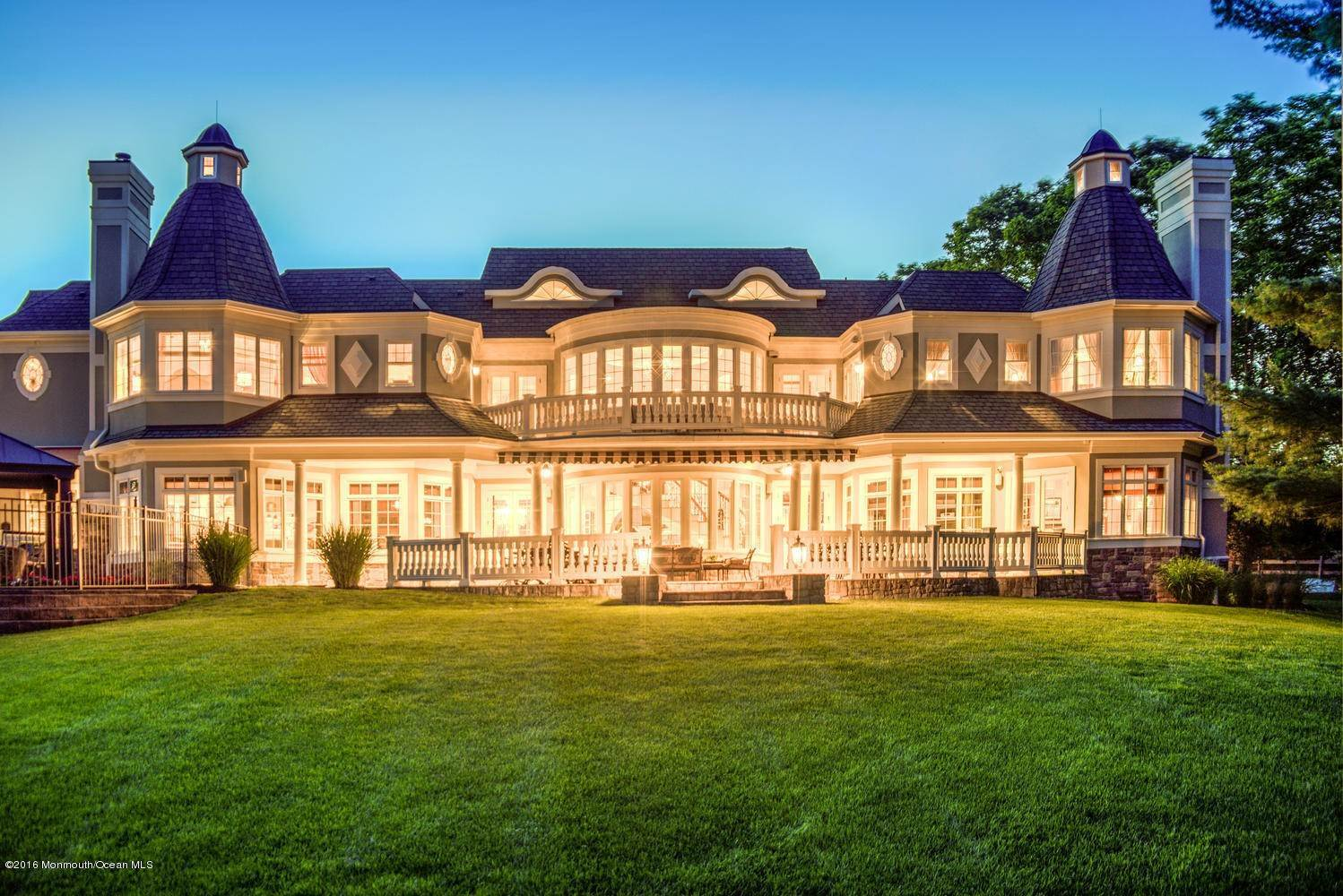 17. Single Family Homes for Sale at 21 Hominy Hill Road Colts Neck, New Jersey 07722 United States