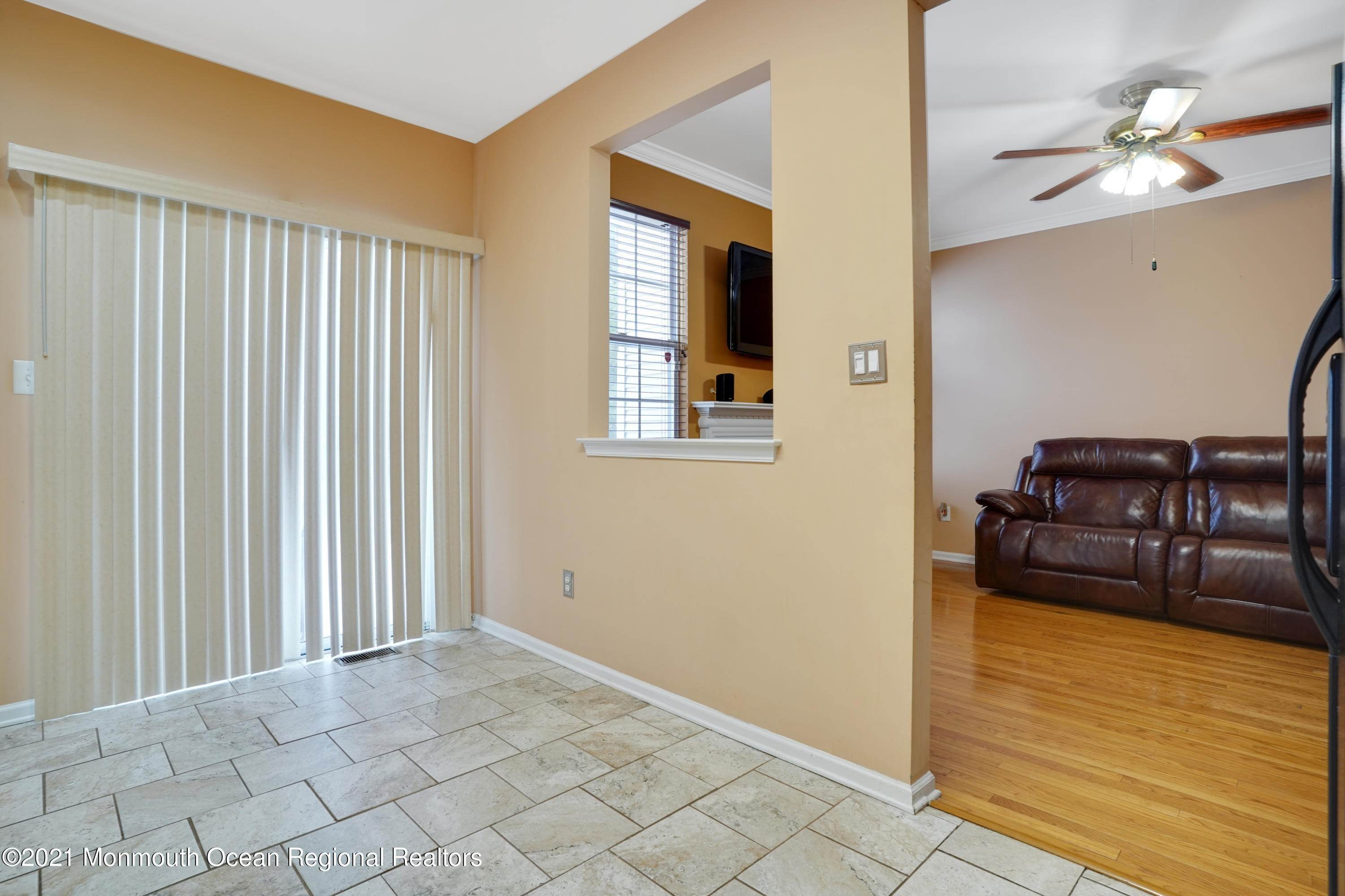 8. Condominiums for Sale at 505 Yarrow Circle Dayton, New Jersey 08810 United States
