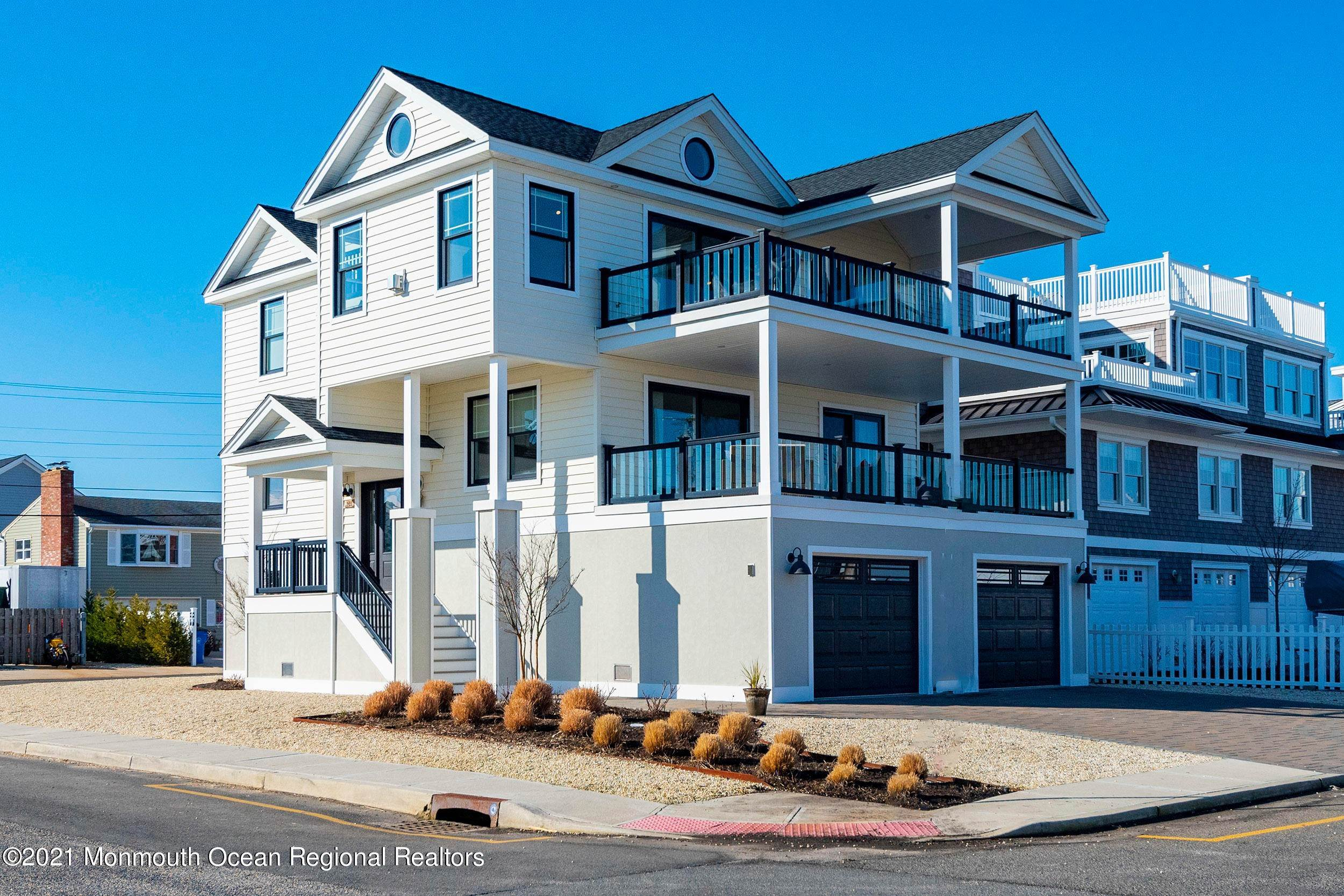 Single Family Homes para Venda às 501 Dock Road Beach Haven, Nova Jersey 08008 Estados Unidos