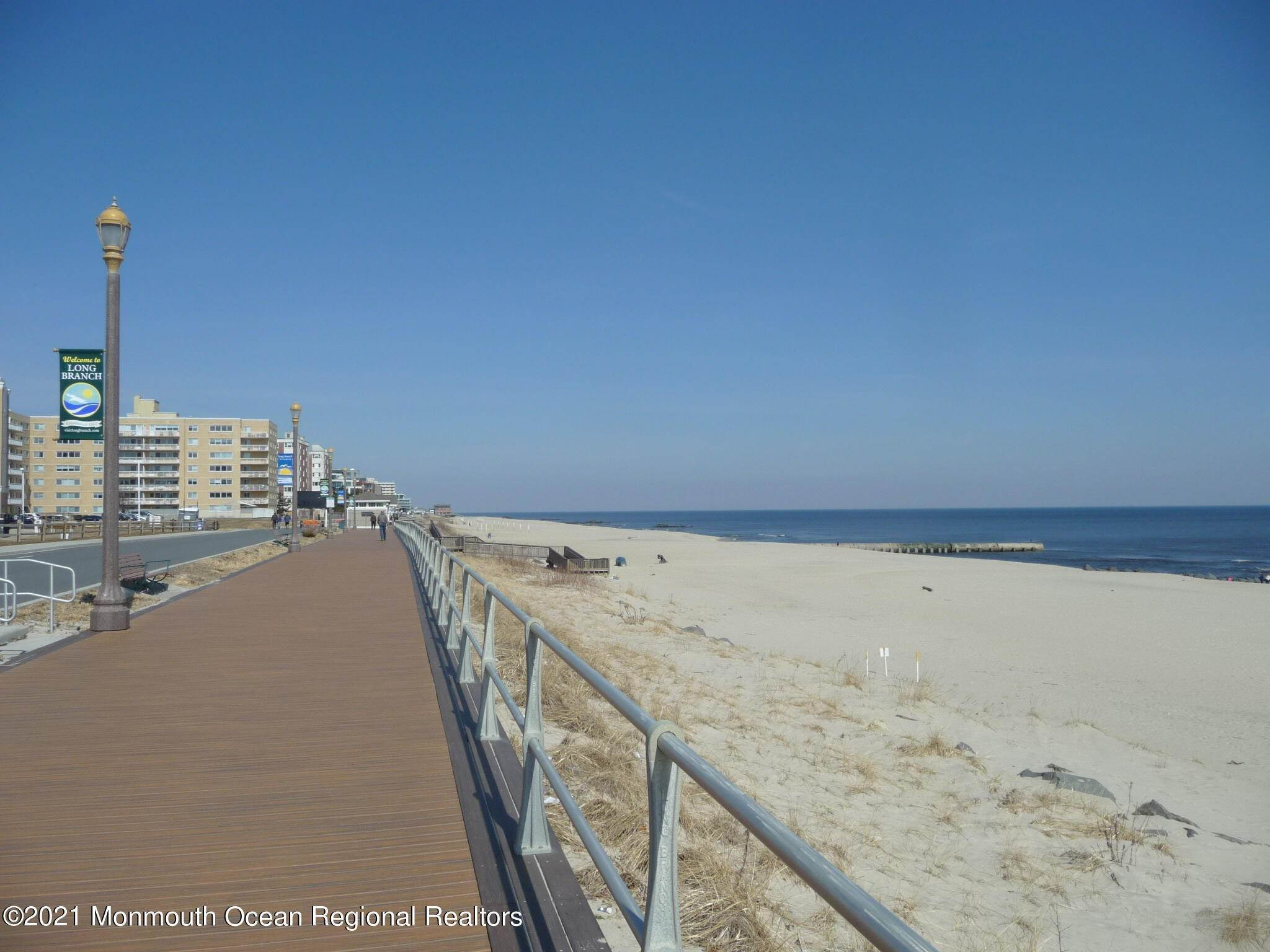 17. Condominiums for Sale at 455 Ocean Boulevard Long Branch, New Jersey 07740 United States