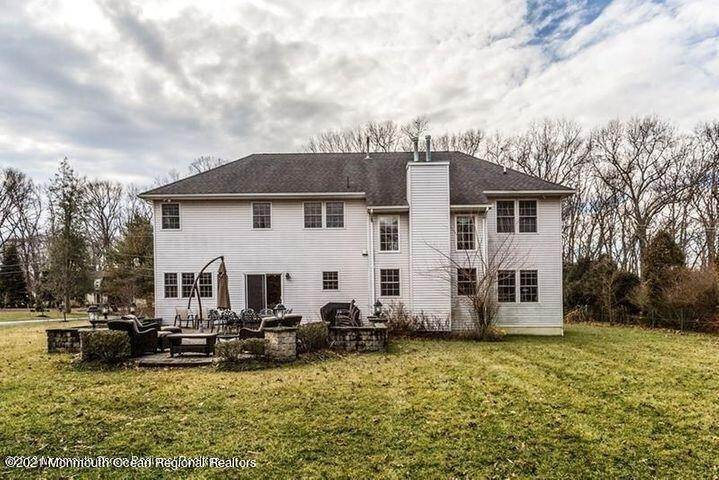 19. Single Family Homes for Sale at 27 Church Road Morganville, New Jersey 07751 United States