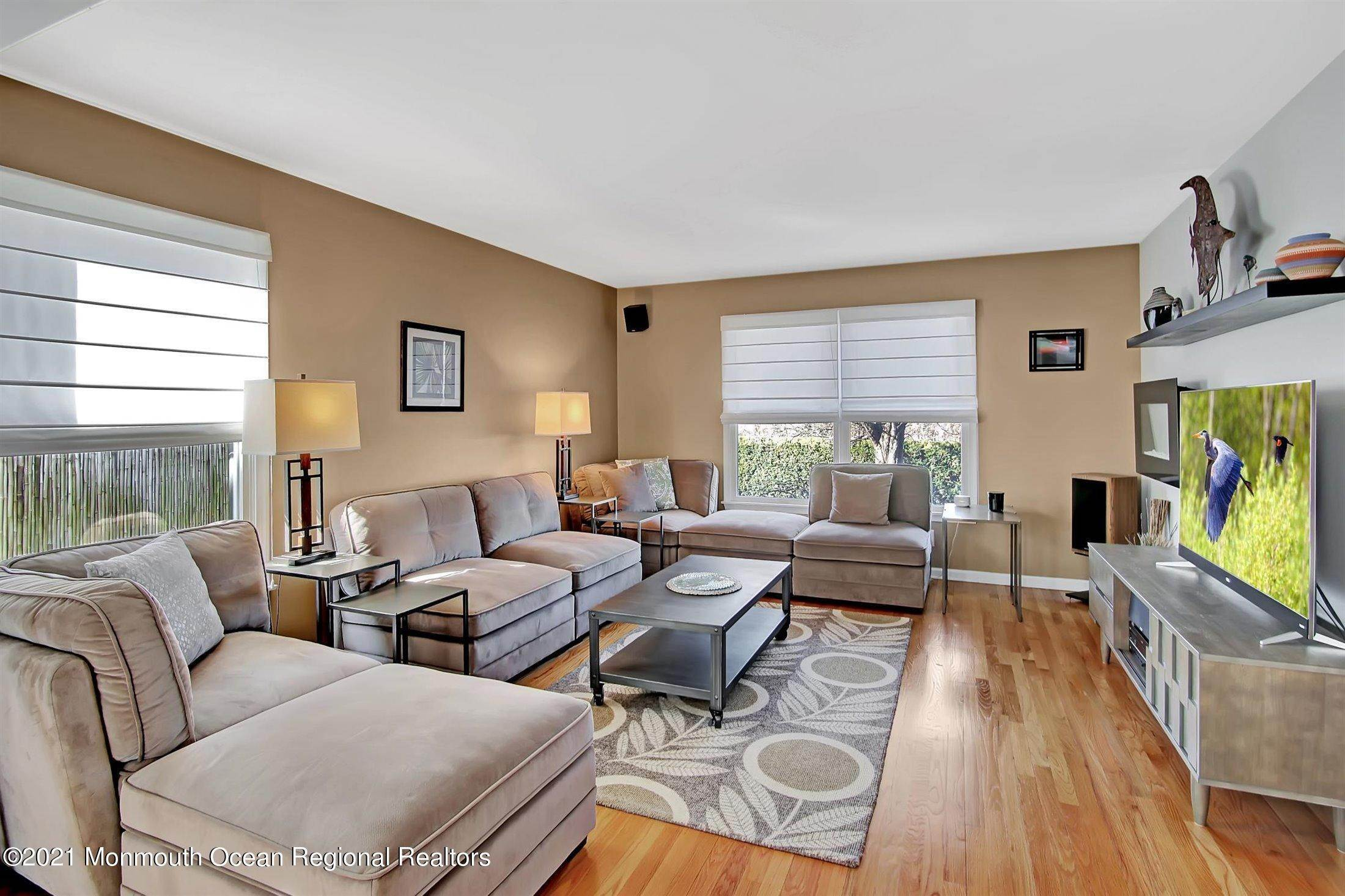 7. Single Family Homes for Sale at 361 Sairs Avenue Long Branch, New Jersey 07740 United States