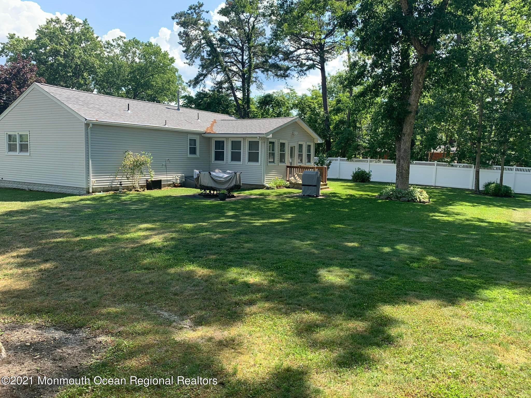 5. Single Family Homes for Sale at 1742 Edgewood Road Forked River, New Jersey 08731 United States