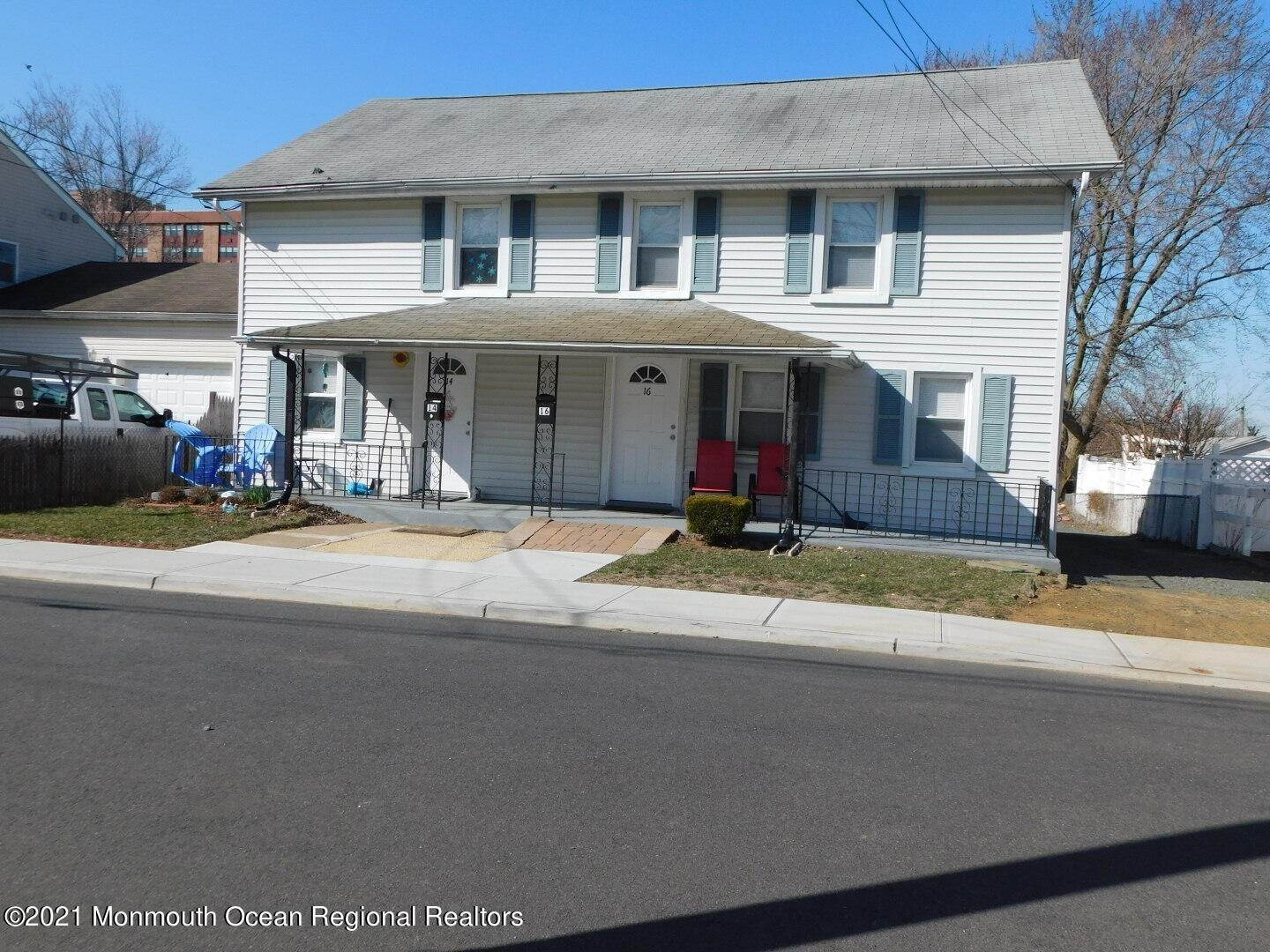 Single Family Homes em 14-16 Kearney Street Keyport, Nova Jersey 07735 Estados Unidos
