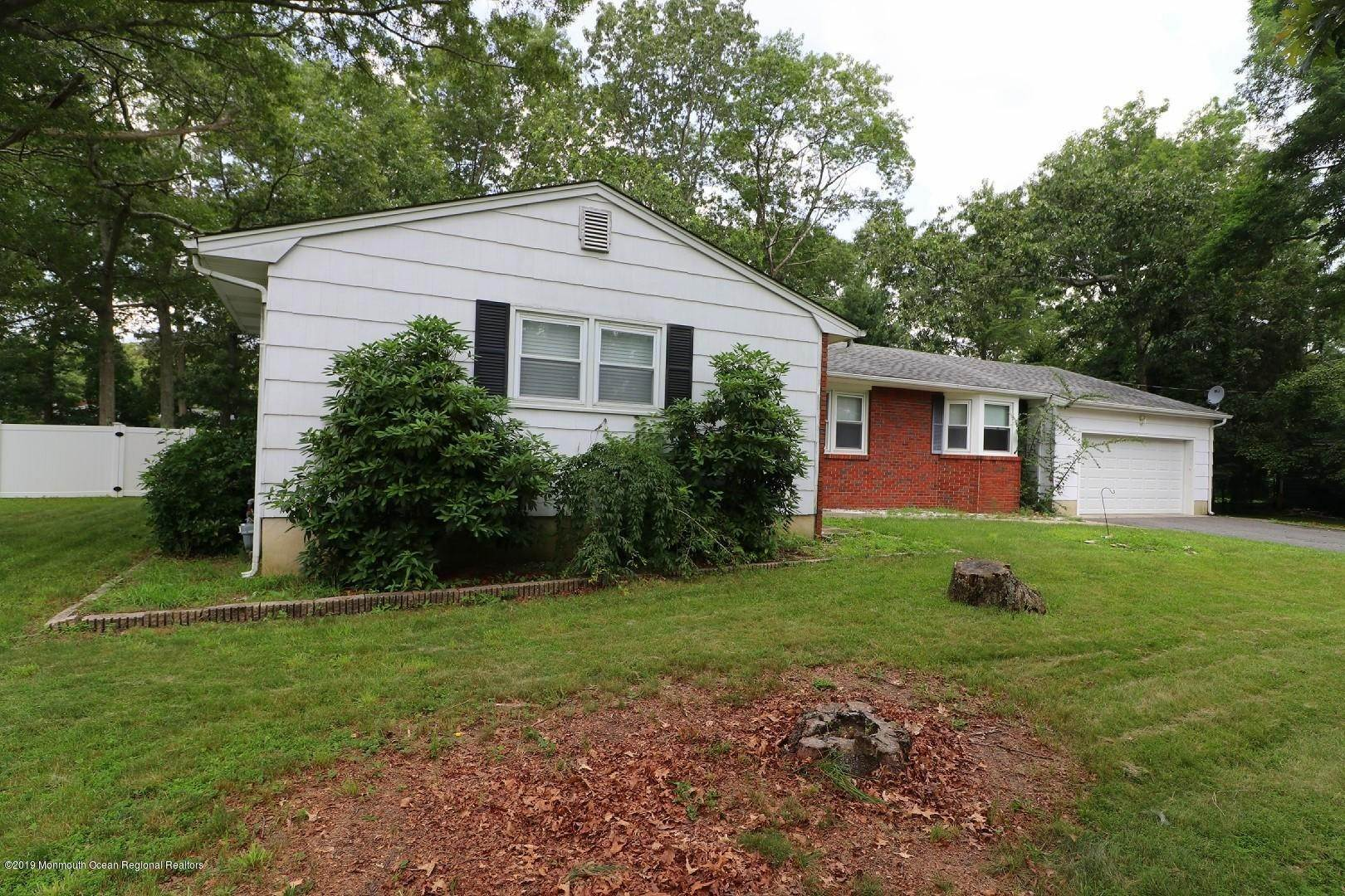 6. Single Family Homes for Sale at 250 Juniper Lane Forked River, New Jersey 08731 United States