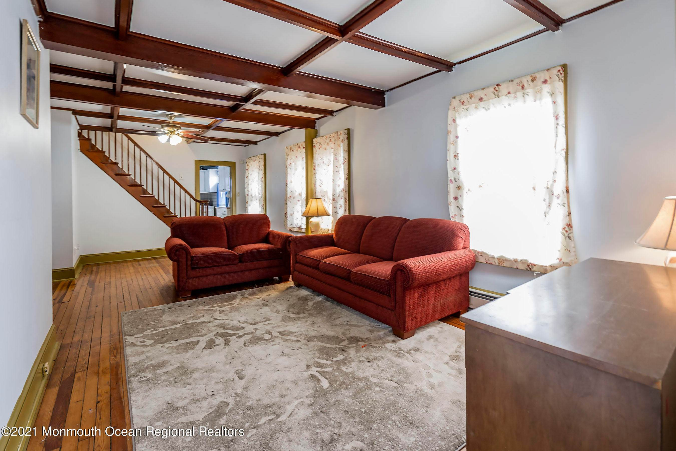 6. Single Family Homes for Sale at 44 Bayview Avenue Ocean Gate, New Jersey 08740 United States