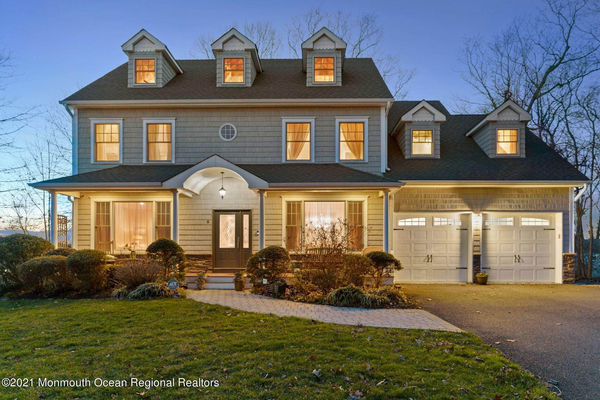Single Family Homes for Sale at 8 Ridgeview Avenue Atlantic Highlands, New Jersey 07716 United States