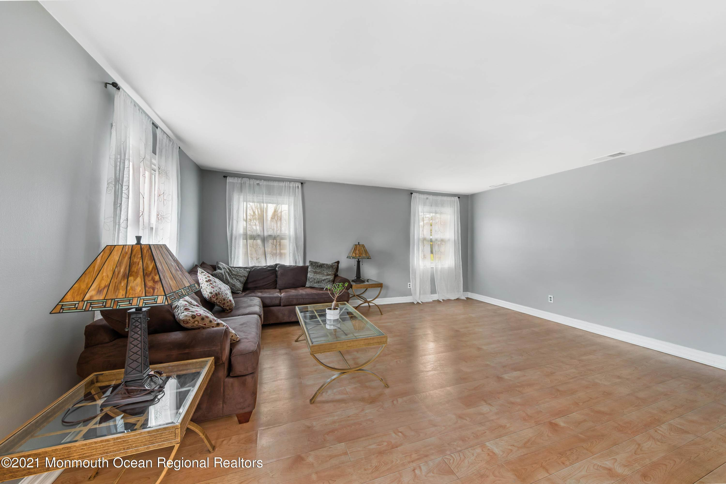 7. Single Family Homes for Sale at 61 Stillwells Corner Road Freehold, New Jersey 07728 United States