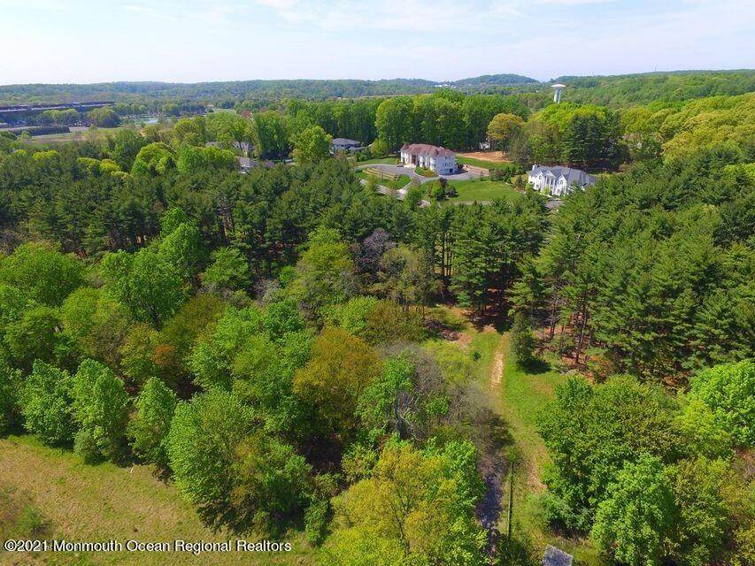11. Land for Sale at 21 Raintree Court Holmdel, New Jersey 07733 United States