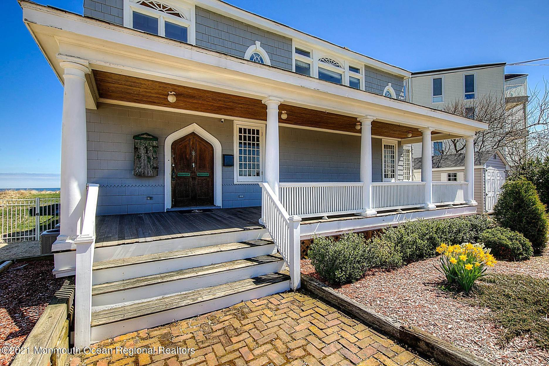 7. Single Family Homes for Sale at 1 Ocean Avenue Monmouth Beach, New Jersey 07750 United States