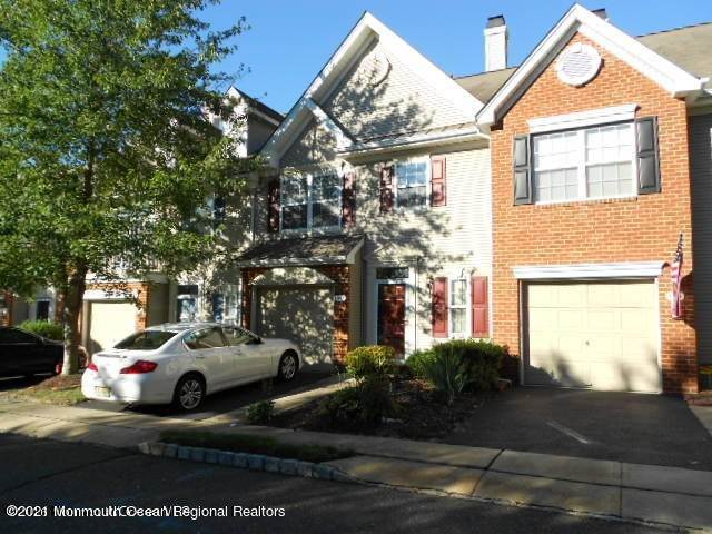 3. Condominiums for Sale at 1207 King George Lane Toms River, New Jersey 08753 United States