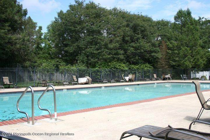 5. Condominiums for Sale at 1207 King George Lane Toms River, New Jersey 08753 United States