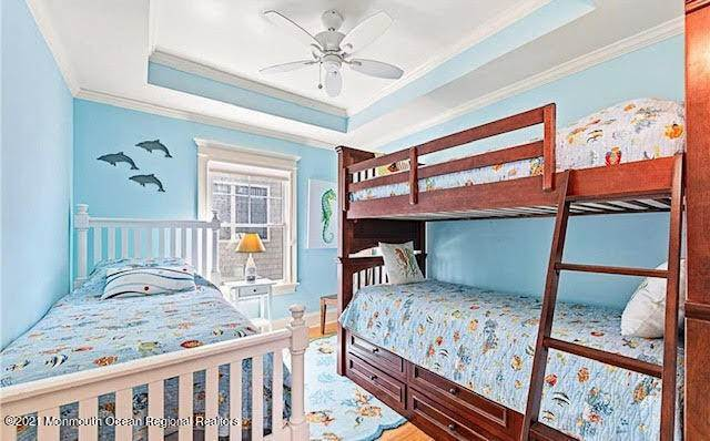 19. Single Family Homes for Sale at 17 7th Street Beach Haven, New Jersey 08008 United States