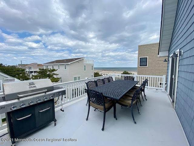 5. Single Family Homes for Sale at 17 7th Street Beach Haven, New Jersey 08008 United States