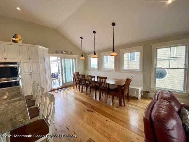 10. Single Family Homes for Sale at 17 7th Street Beach Haven, New Jersey 08008 United States