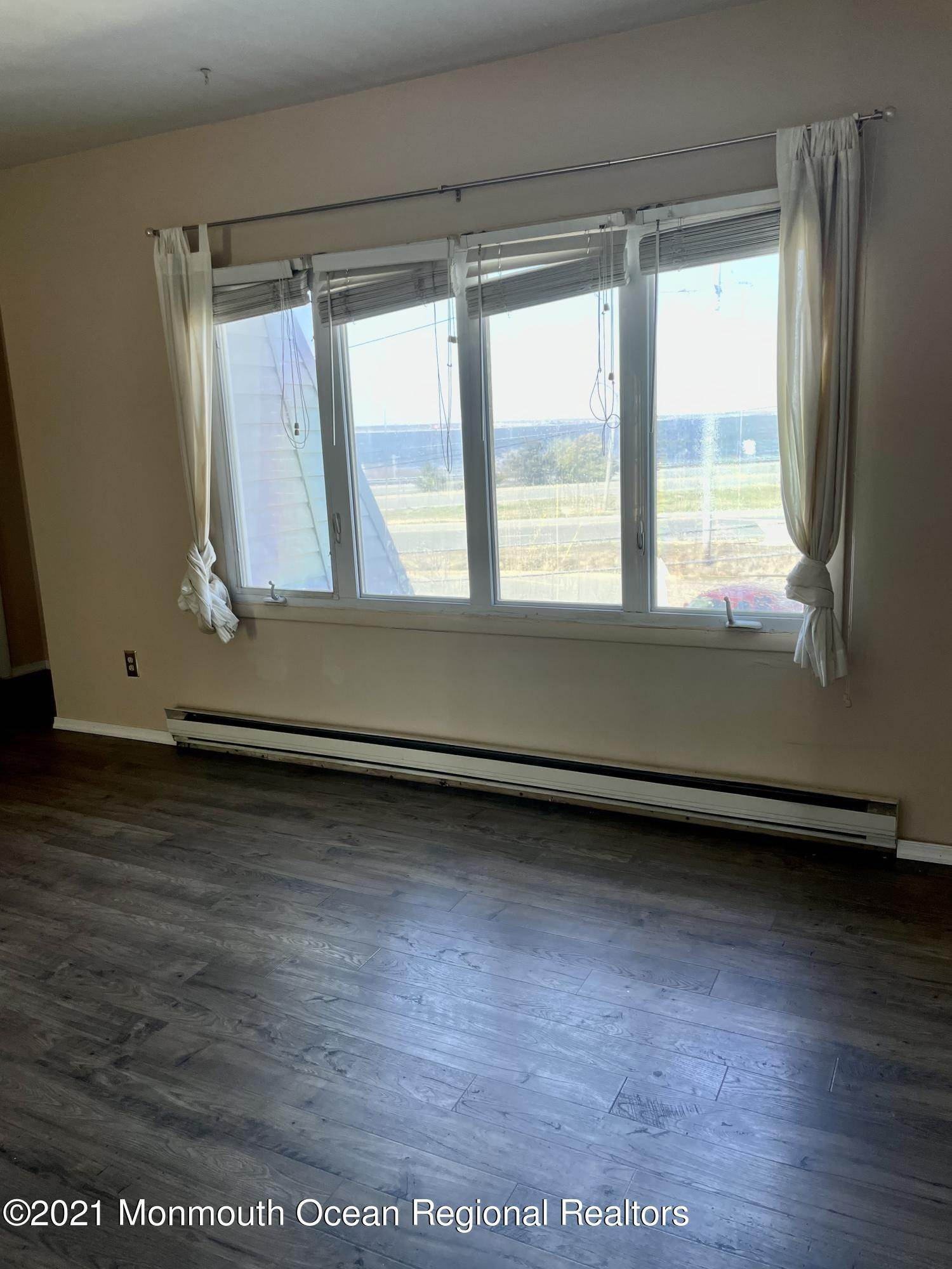 13. Condominiums for Sale at 8 Bay Boulevard Seaside Heights, New Jersey 08751 United States