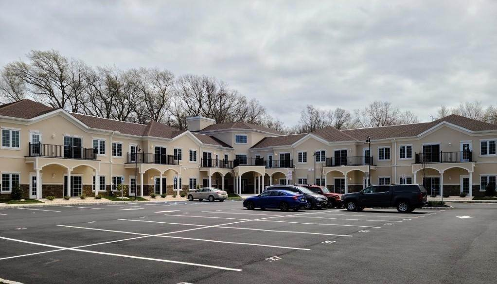 Apartments em 4143 County Road 516 Matawan, Nova Jersey 07747 Estados Unidos