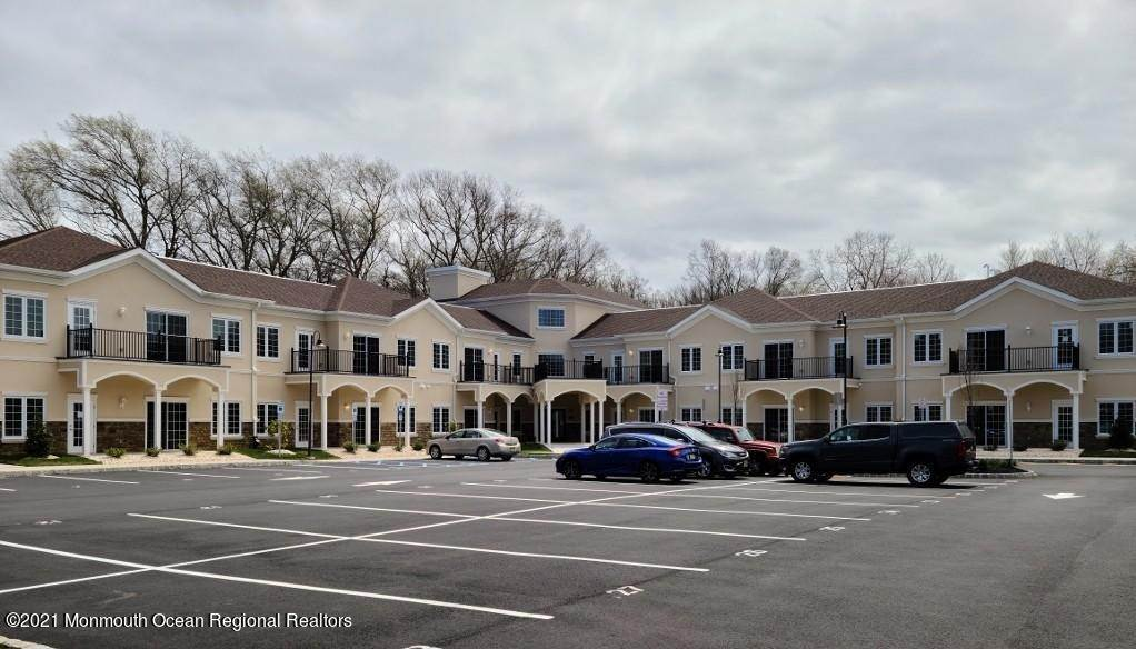 Apartments at 4143 County Road 516 Matawan, New Jersey 07747 United States