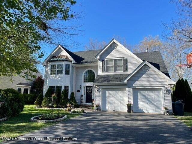 Single Family Homes for Sale at 110 Autumn Oak Lane Manahawkin, New Jersey 08050 United States