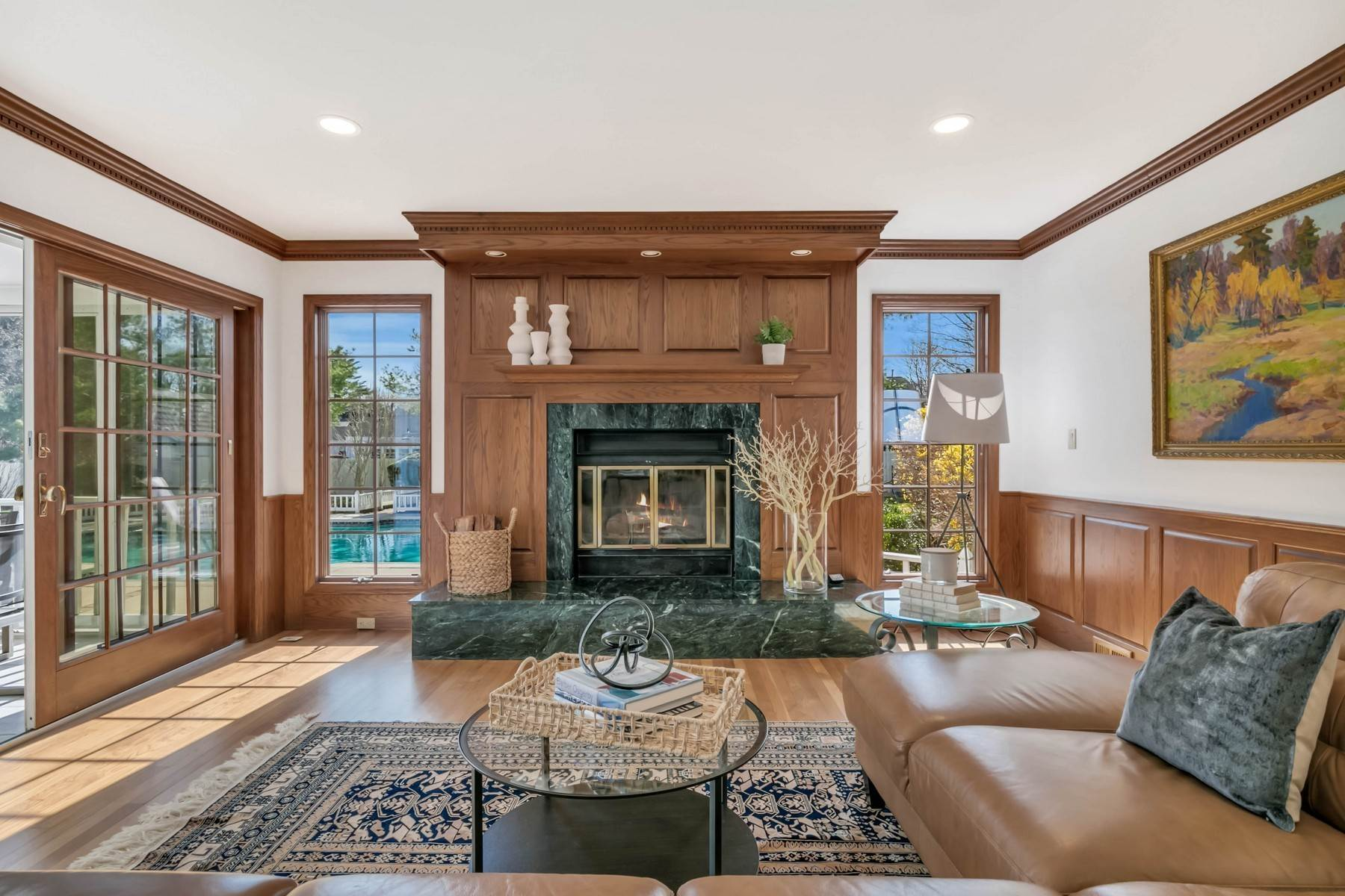 8. Single Family Homes for Sale at Elegance Meets Edgy Infused with Exceptional Quality and Custom Updates 130 Lippincott Road Little Silver, New Jersey 07739 United States