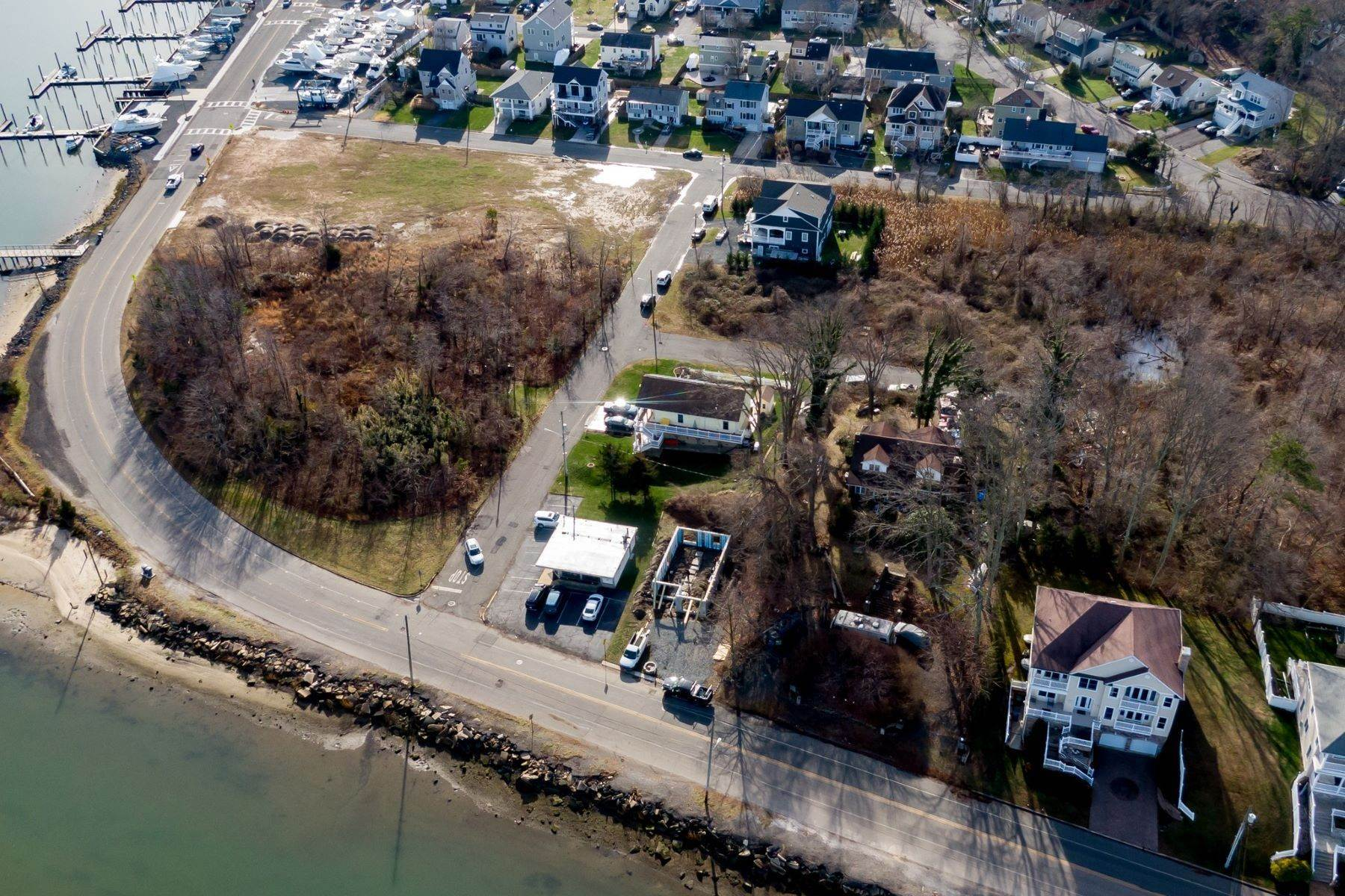 9. Single Family Homes for Sale at NEW Waterfront home to be built in desirable Shark River Hills 25 S Riverside Dr Neptune, New Jersey 07753 United States