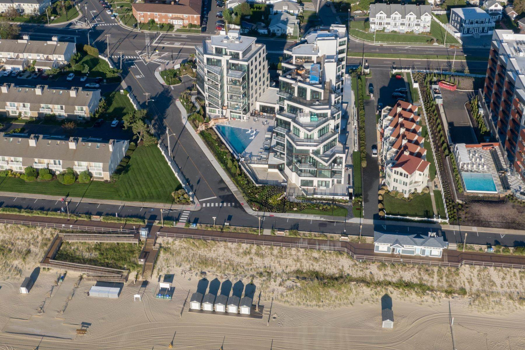 16. Condominiums for Sale at South Beach at Long Branch 350 Ocean Avenue 701 Long Branch, New Jersey 07740 United States